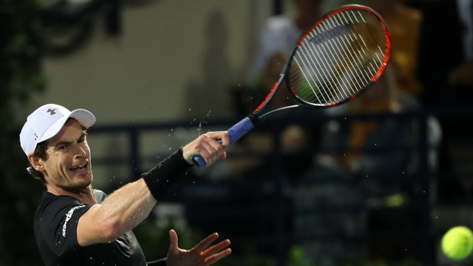 Andy Murray returns to Philipp Kohlschreiber during their quarterfinal match of the Dubai Tennis Championships on Thursday.