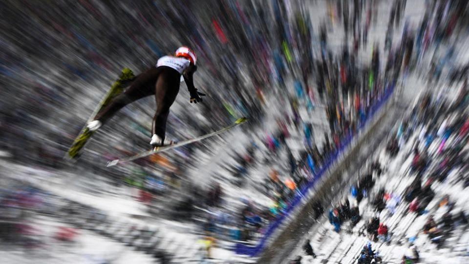 Svenja Wuerth of Germany soars during the mixed normal hill team event of the 2017 FIS Nordic World Ski Championships in Lahti, Finland. (Jonathan NACKSTRAND / AFP)
