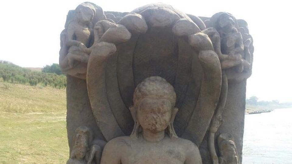 The reportedly 1000-year old  statue of 23rd Jain Teerthankar found in Yamuna at Kaushambi