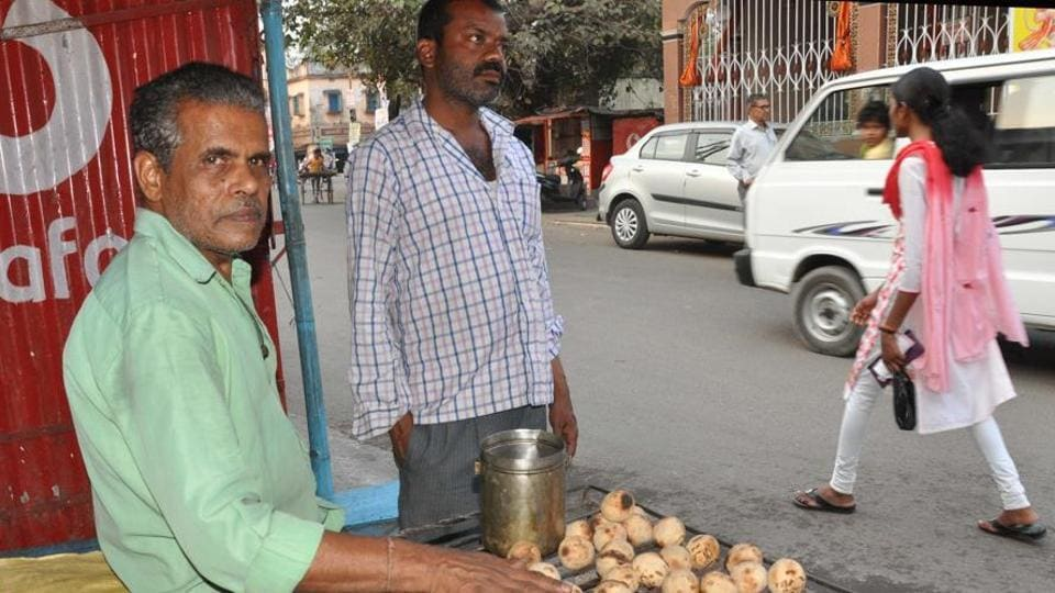 Litti being cooked for sale in Dhanbad