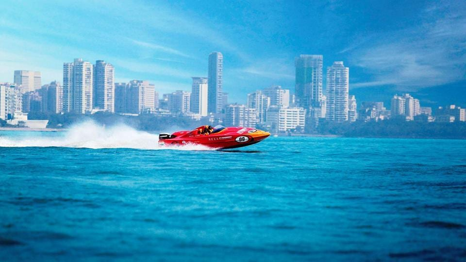 Six teams from four countries will be competing at the powerboat racing event.