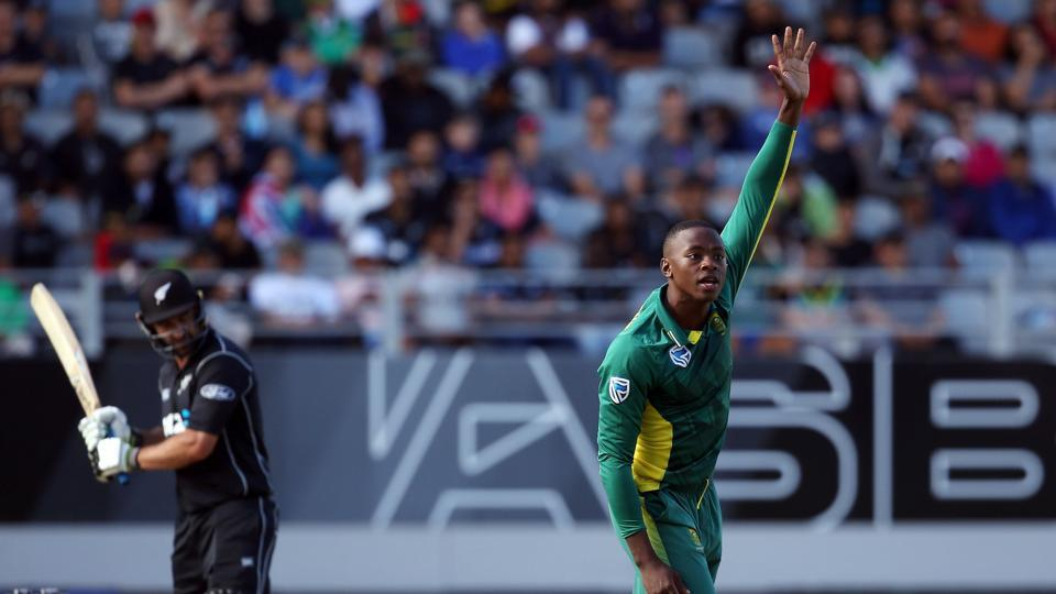Kagiso Rabada (right) of South Africa cricket team succesfully appeals for the wicket of New Zealand cricket team's Colin de Grandhomme during the fifth ODI at Eden Park in Auckland on Saturday.