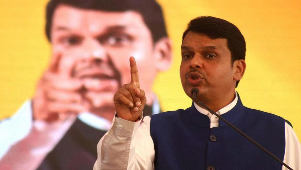 Maharashtra CMDevendra Fadnavis addresses a rally in Thane.