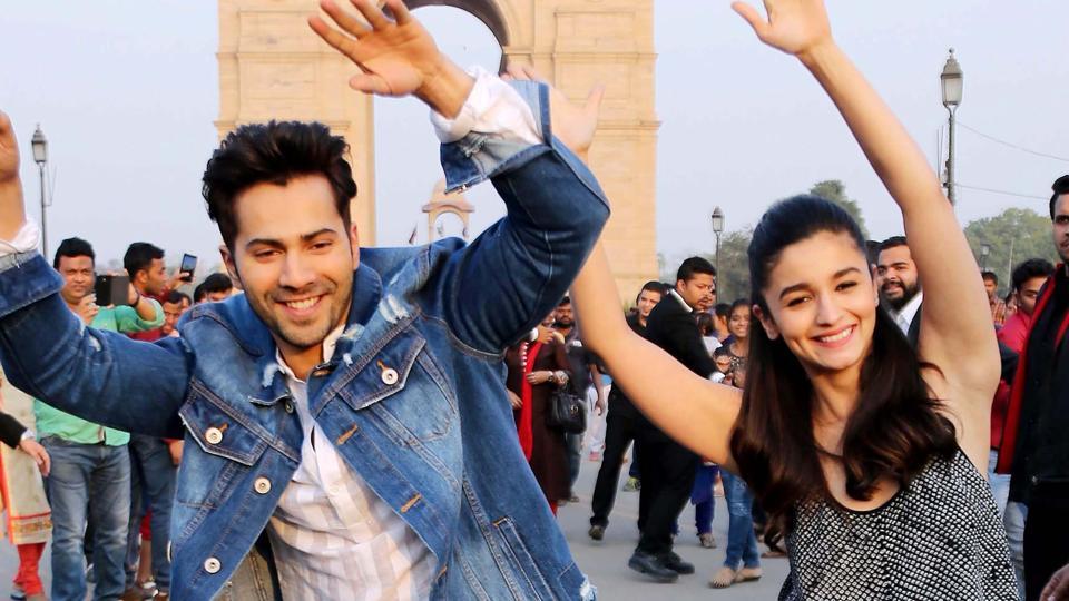 Bollywood actors Varun Dhawan and Aliya Bhatt during the promotion of their upcoming movie Badrinath Ki Dulhania at India Gate in New Delhi.