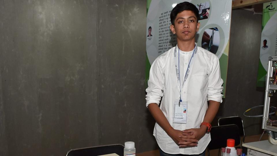 Class 10 student Akash Manoj, who has developed a prototype of non-invasive self diagnosis of 'silent heart attack'.