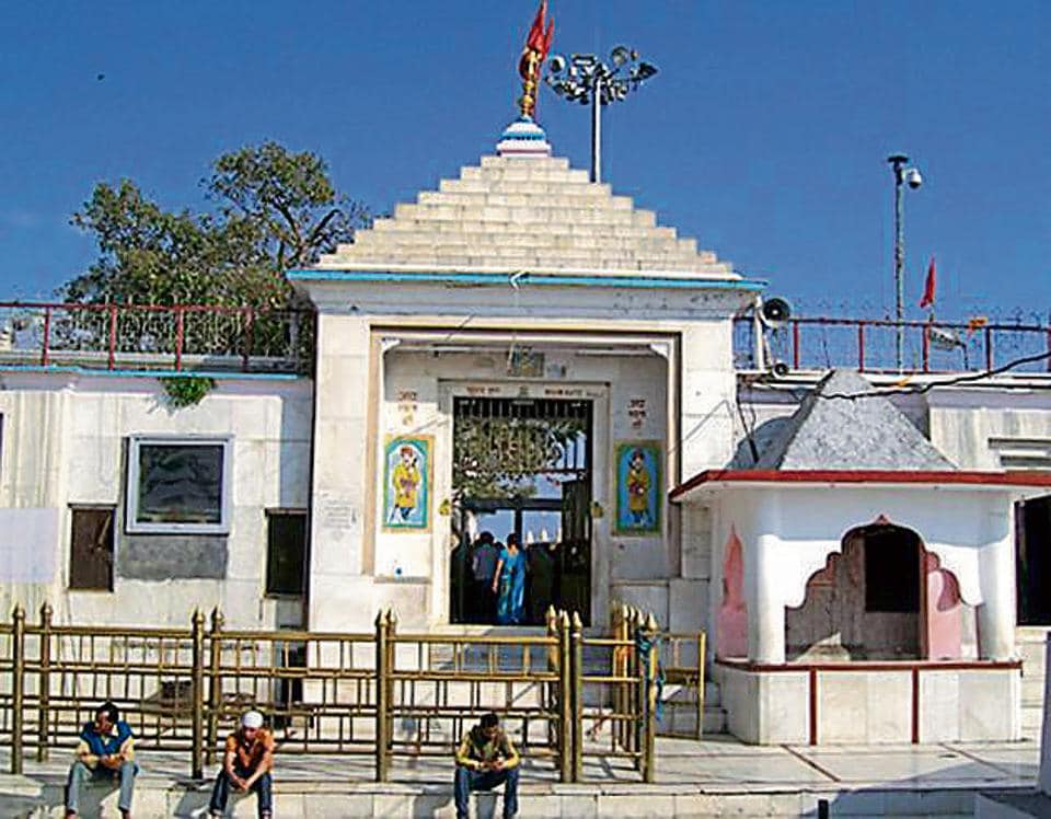 Chintpurni temple is the richest shrine, followed by Naina Devi (above), which has 150 quintal gold and 500 kilograms silver.