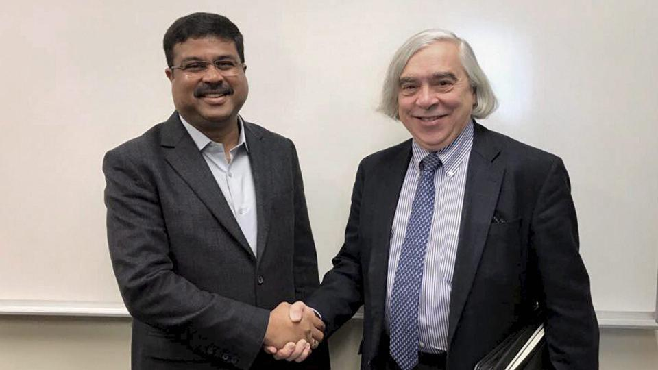 Minister of state for petroleum and natural gas Dharmendra Pradhan with Ernest Moniz in Boston.