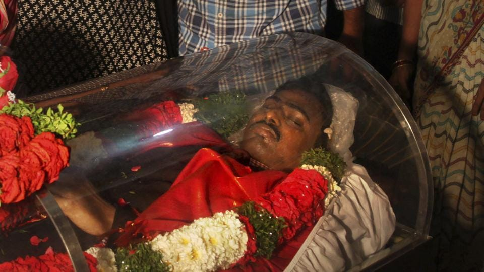 The body of Srinivas Kuchibhotla, who was killed in a shooting in Kansas, was flown from the US to his residence on the outskirts of Hyderabad on Feb. 28, 2017.