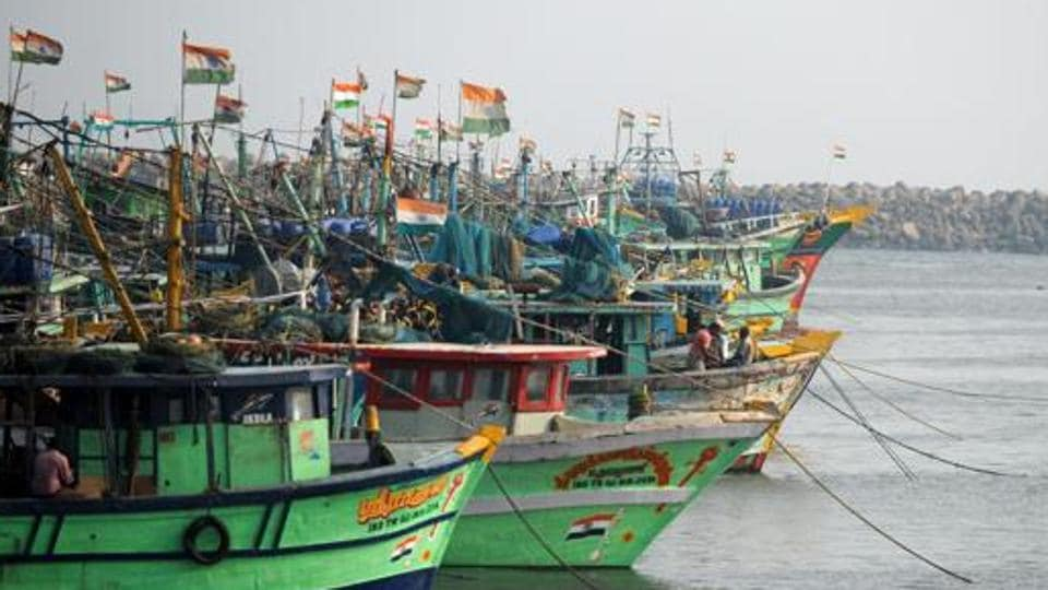 The four boats of the fishermen, hailing from this town and Jagadapagttinam village, were seized.