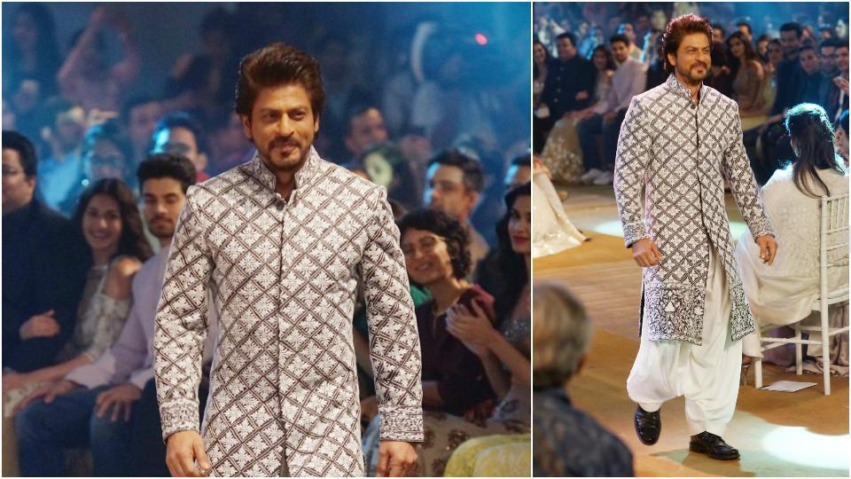 Shah Rukh, who donned an ethnic wear, looked every bit hot. (HT Photo/Prodip Guha)