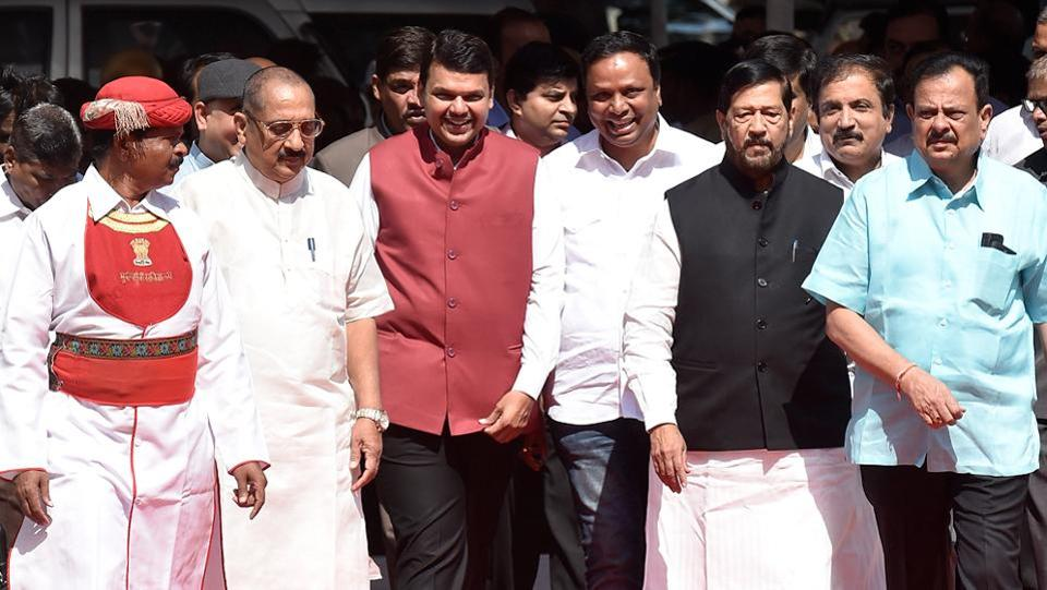 Chief minister Devendra Fadnavis and other ministers arrive at Vidhan Bhavan. The upper house of the Assembly became the first in the country to go paperless. (Kunal Patil/HT Photo)