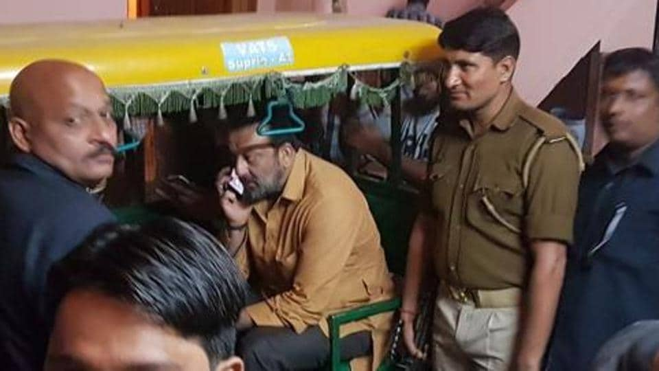 Actor Sanjay Dutt returning to his hotel in an auto-rickshaw after shooting for 'Bhoomi' in Agra on Monday.