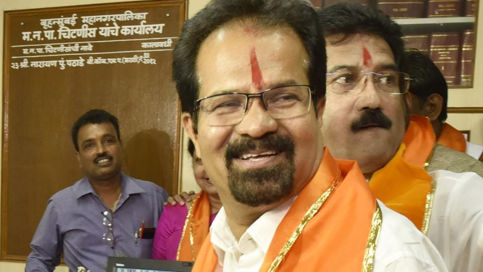 Mahendra Pawar, who fought against Vishawanath Mahadeshwar (above) in the recent civic election as an independent candidate, filed a case in the small causes court, alleging a flat in Kalina where Mahadeshwar lives was meant for BMC employees and has been bought illegally