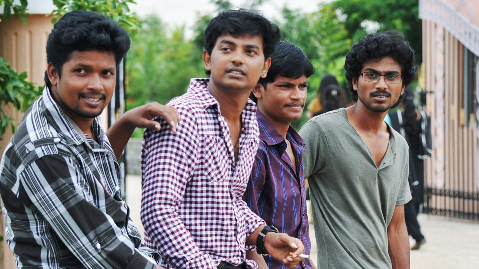 Director Vijay Kumar's second film will be on the lines of Uriyadi.