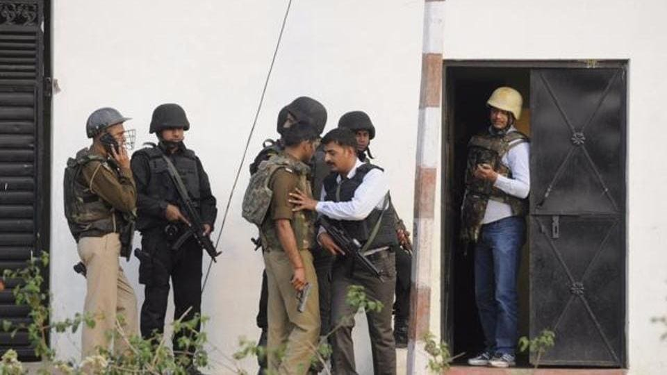 The ATS commandos couldn't have found a better 'cartographer' than him to locate where exactly in the house Saifullah was firing at them from.