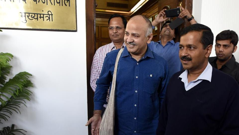 Delhi chief minister Arvind Kejriwal and finance minister Manish Sisodia before presenting the Delhi budget 2017-18 in New Delhi on Wednesday.