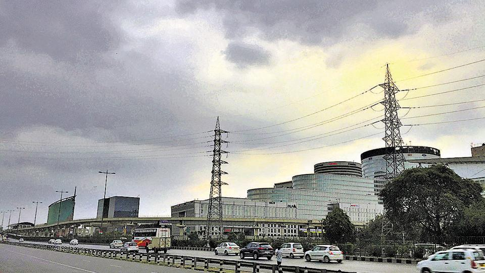 Gurgaon,rain,cold weather in Gurgaon