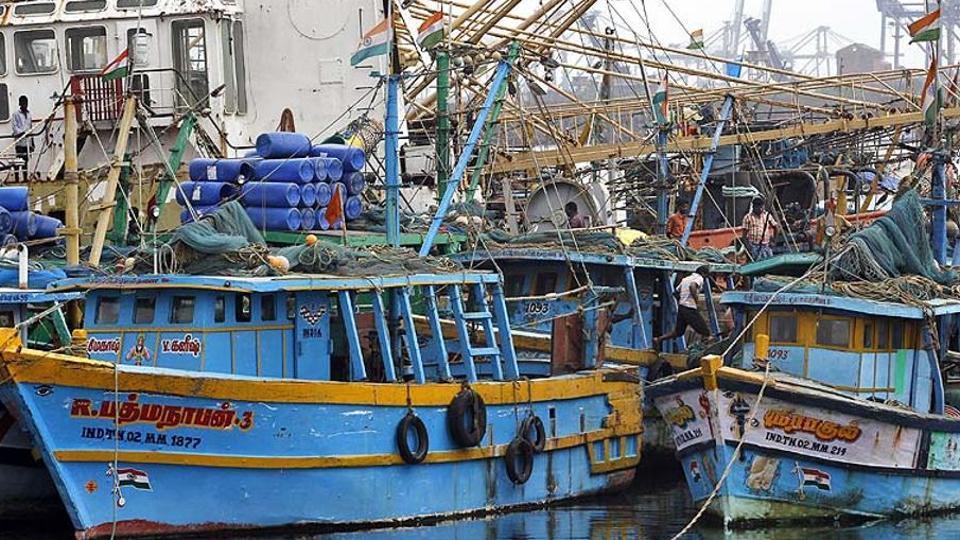Sri Lankan fishermen held