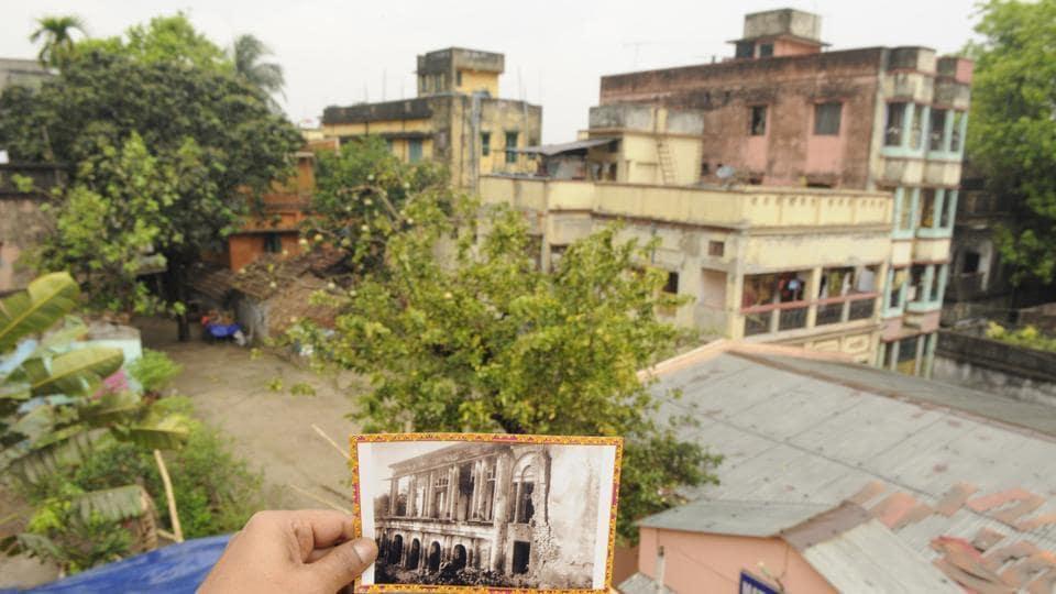 The plot in Baranagar where the house stood till 1897. (Inset) The original house.