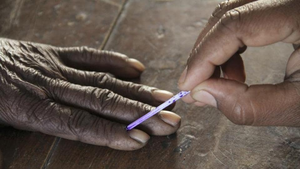 Bypolls to Srinagar and Anantnag Lok Sabha seats will be held on April 9 and 12 respectively, the Election Commission said on Thursday .