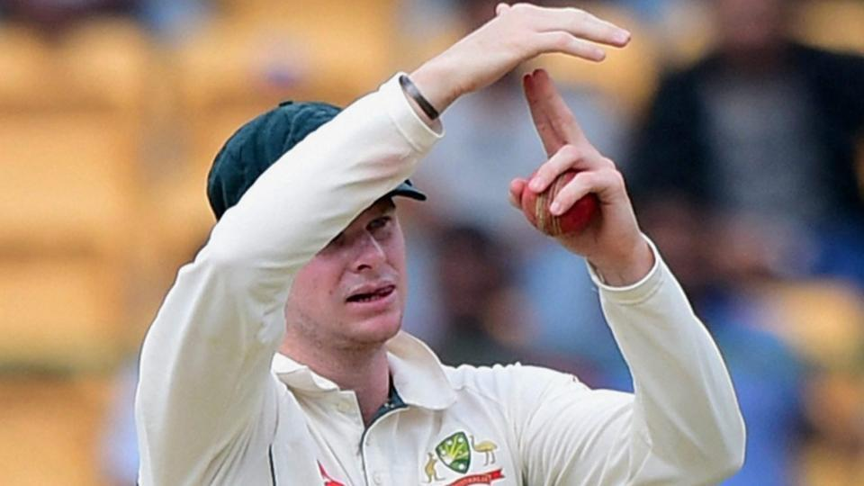 """Steve Smith and Peter Handscomb were involved in a """"brain fade"""" moment during the Bangalore Test in which the Australian skipper had looked  towards the dressing room for assistance over whether to ask for a review."""