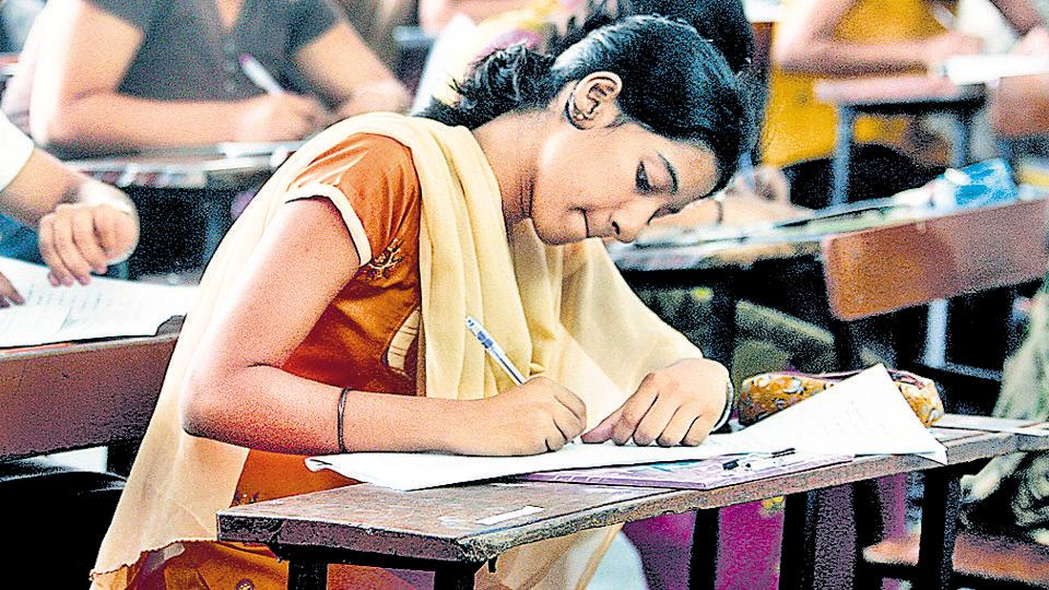 The Staff Selection Commission (SSC) is expected to release the answer keys of the Combined Higher Secondary Level (CHSL) Tier-I exams 2017 within a week or two.