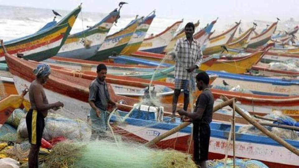Fifty-three Indian fishermen were onFriday released from a Sri Lankan jail.