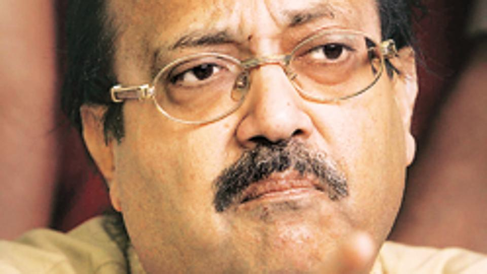 Amar Singh flayed the Akhilesh Yadav government for corruption and non-development.