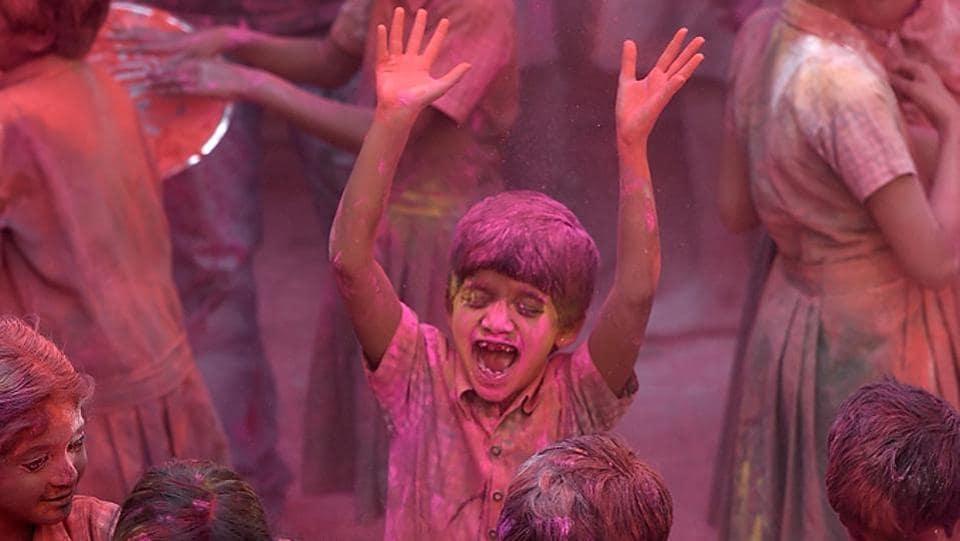Celebrations at the Kamla Mehta School for the Blind, Dadar. (Vijayanand Gupta/HT Photo)