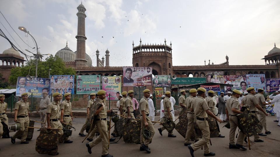 Holi celebrations,drunk driving,communal tension