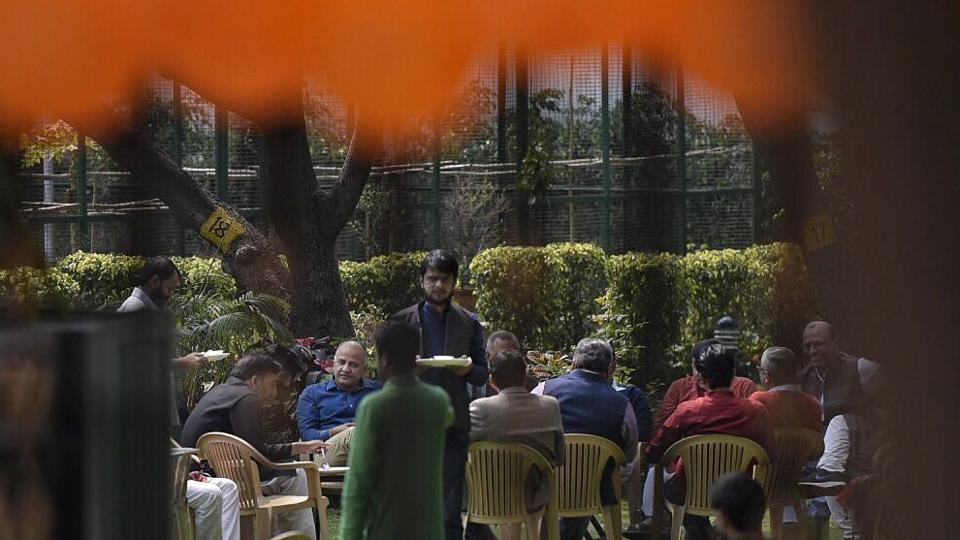 A meeting underway at Delhi CM Arvind Kejriwal's residence on the party's performance in Punjab and Goa today afternoon. (ravi choudhary/ht photo)