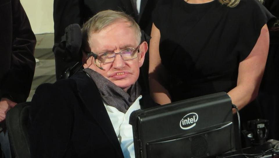 Famed theoretical physicist Professor Stephen Hawking arrives at the 2015 BAFTA film awards ceremony in London.
