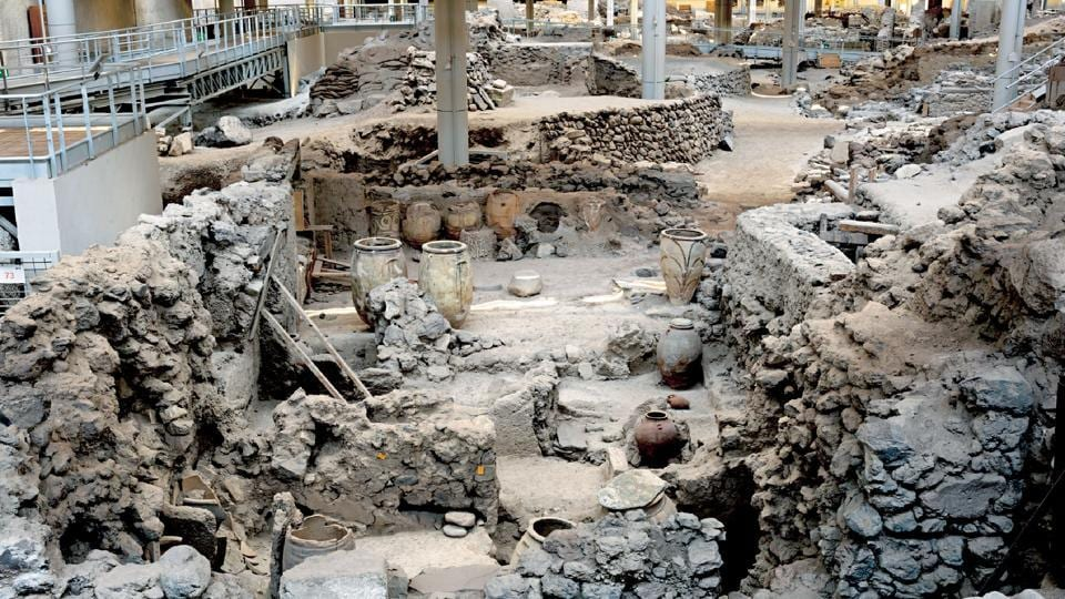 A 3,500-year-old colossal mass burial ground has been unearthed by a research team of Tirupati-based Sri Venkateswara University.