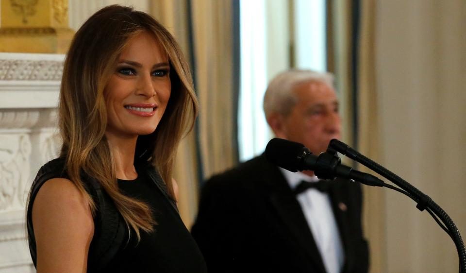 Melania Trump S Coming Out As First Lady Begins World