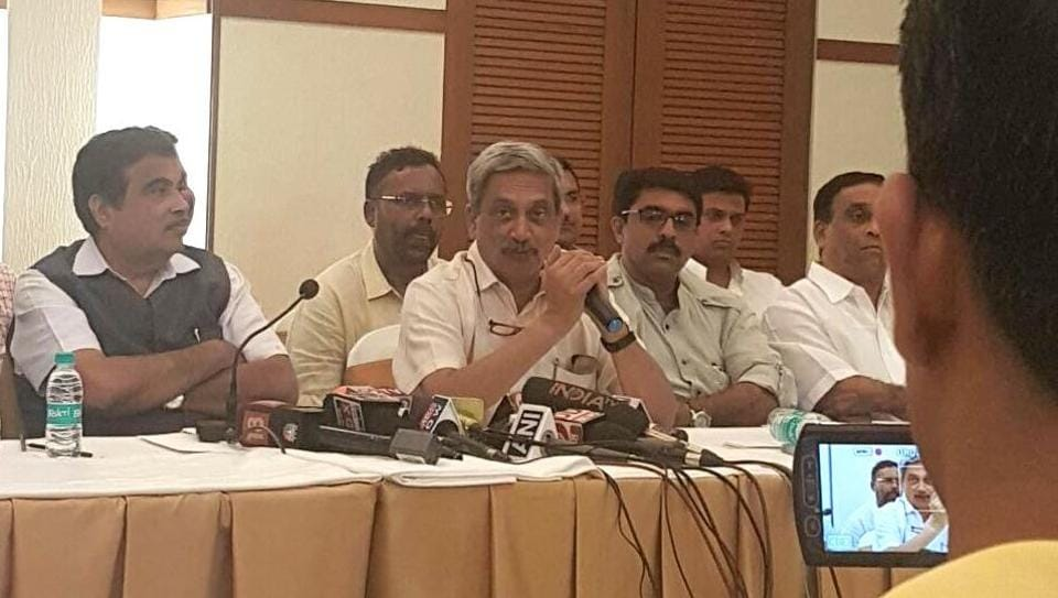 Defence minister Manohar Parrikar holding a press conference in Goa along with leaders of the Goa Forward, the MGP and other Independent MLAs, who have extended support to the BJP on the condition that Parrikar stands as chief minister.