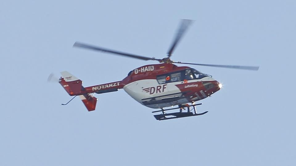A police helicopter crashed  killing four people, during a mission to recover the body of a hiker, in northern Mexico.