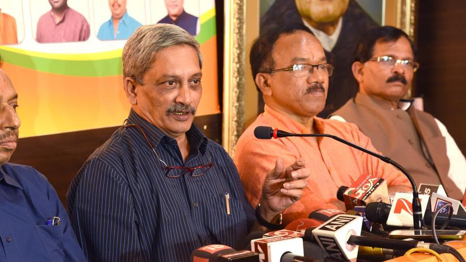 Manohar Parrikar briefing media in Panaji on Saturday after results of the Goa assembly elections results were declared. Also seen are (L to R) former CM Laxmikant Parsekar and Union minister for Ayush (MoS) Shripad Naik in Panaji.