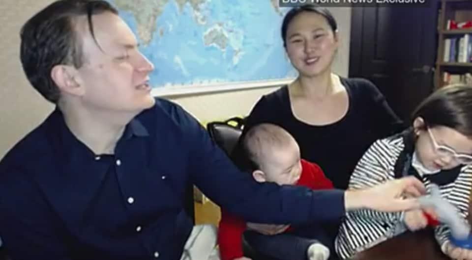 BBC interview,BBC interview crashed by children,BBC dad