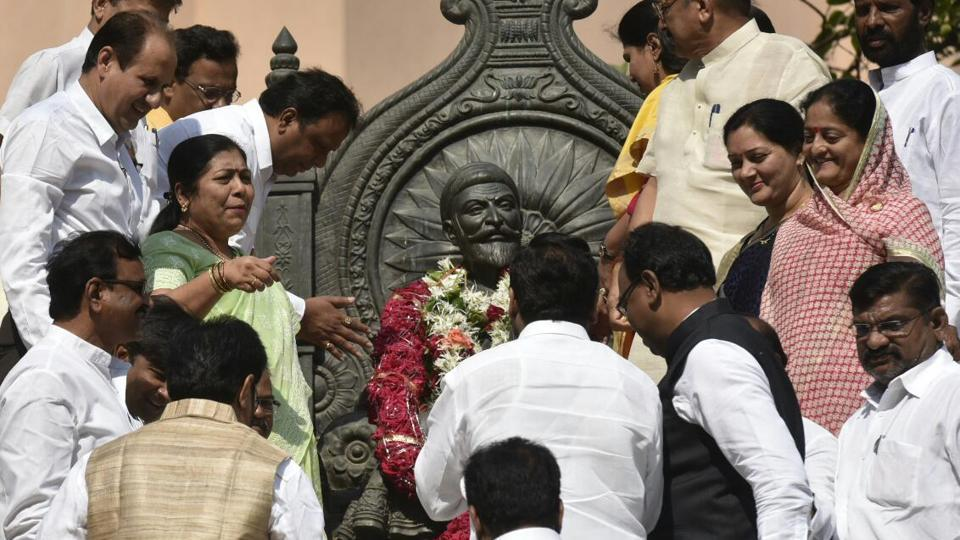 Politicians garland a statue of Chhatrapati Shivjai before the commencement of the assembly session on Wednesday.