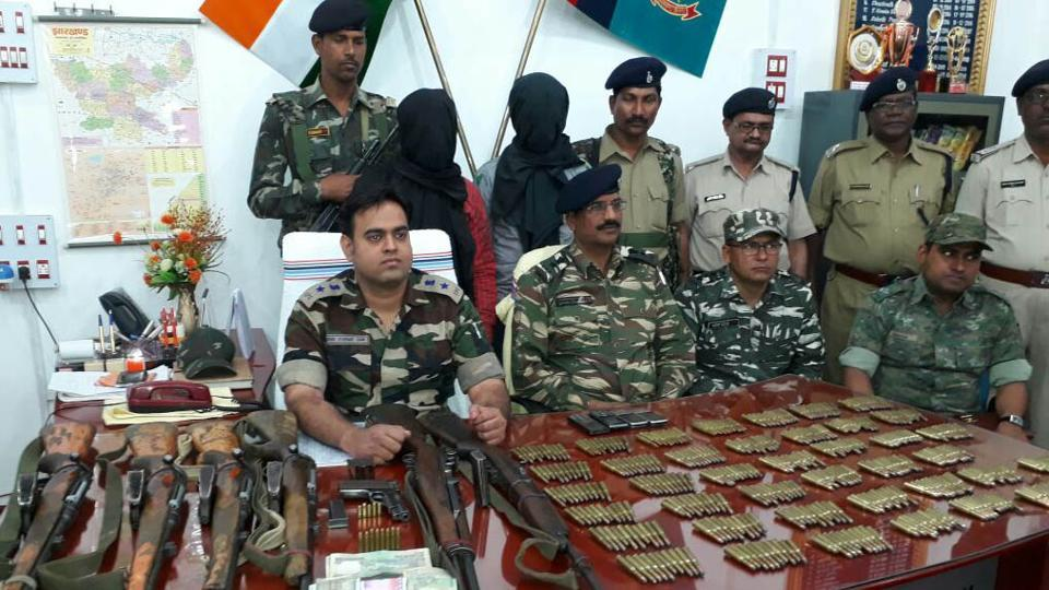 Police seized arms and ammunition from the arrested TPC  ultras  in Chatra
