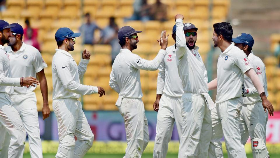 Tempers flared during the second Test between India and Australia at Bangalore following the DRS controversy involving Steve Smith. On Wednesday, the Aussie skipper once again rubbished Virat Kohli's claims that he took help from the dressing room.