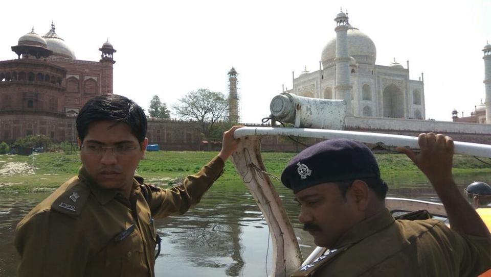 Superintendent of police Sushil Ghule (left) leading the security drill near the Taj Mahal on Thursday.