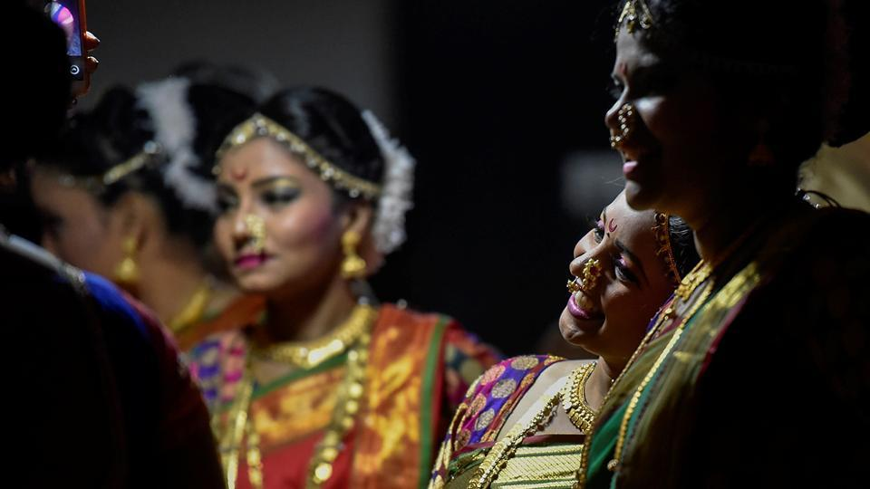 The dancers share a light moment. (Kunal Patil/HT Photo)