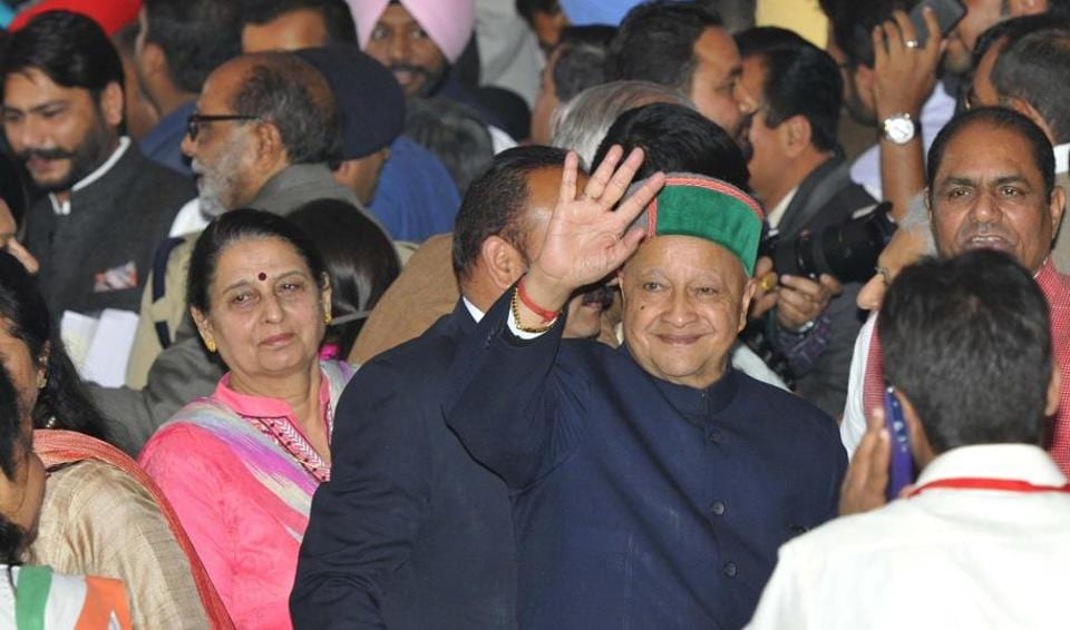 Himachal Pradesh CM Virbhadra Singh at the oath ceremony Capt Amarinder Singh in Chandigarh on Thursday. (Keshav Singh/HT)