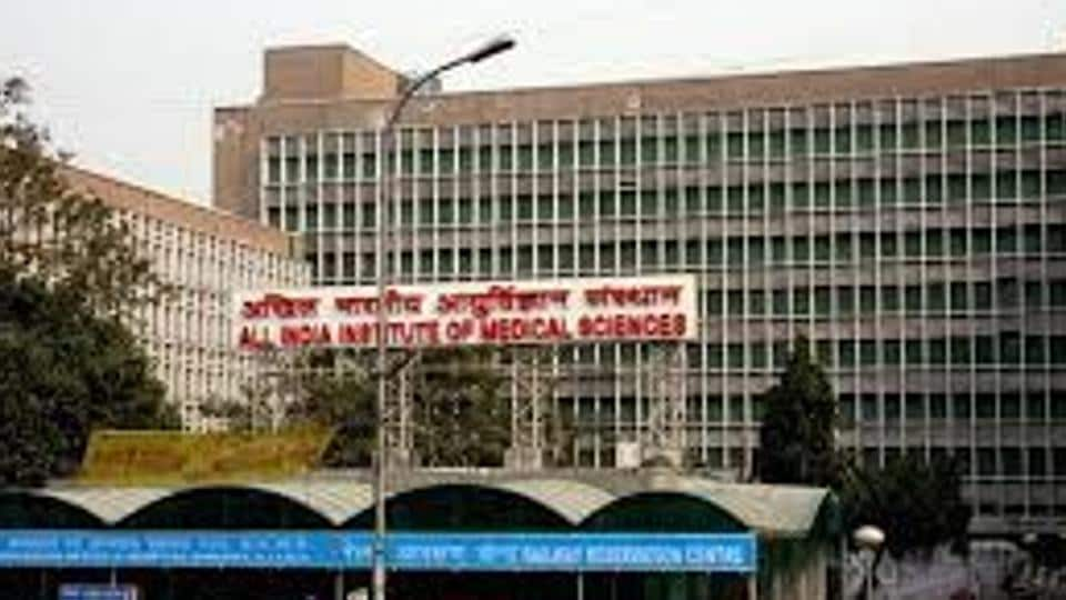 Nearly 5,000 nurses at the AIIMS went on mass casual leave on Friday, alleging the hospital administration of discrimination in the roll out of the Seventh Central Pay Commission.