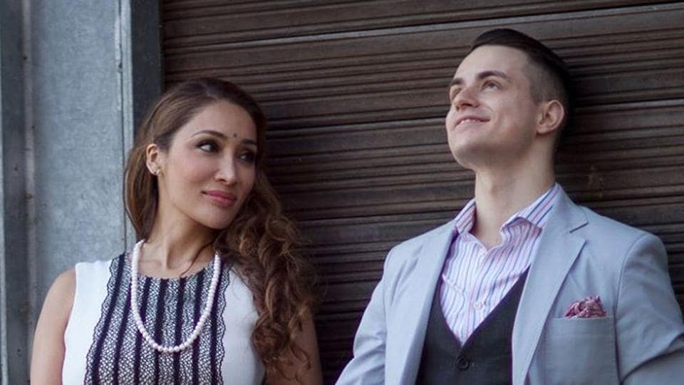 Behold, the fiance of Sofia Hayat.