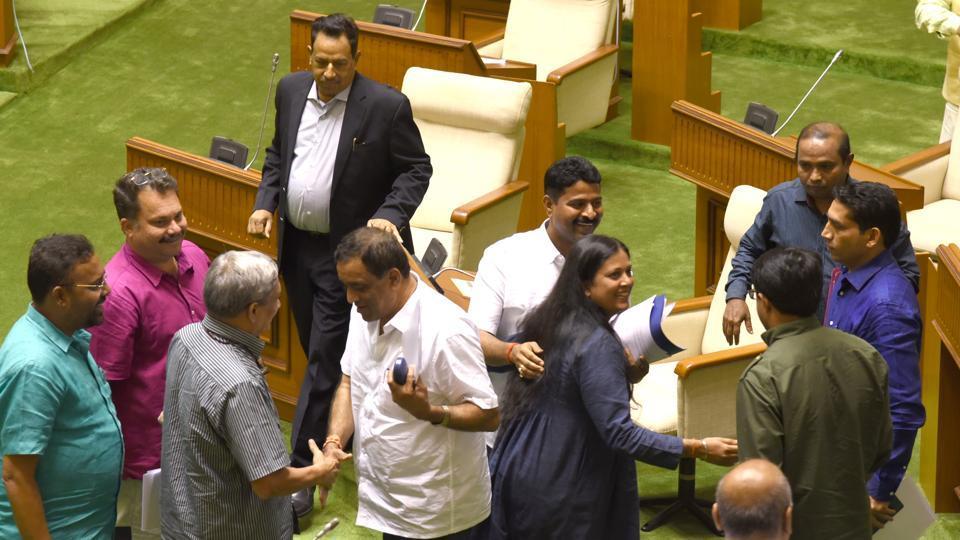 Goa BJP,Goa Congress,Nitin Gadkari