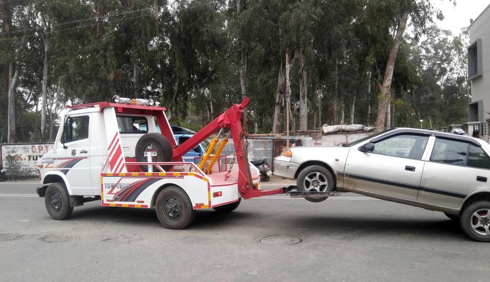 Traffic rule violation,Ludhiana,vehicles towed