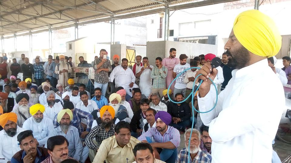 Aam Aadmi Party leaders during a protest at Rampura Phul in Bathinda on Friday.
