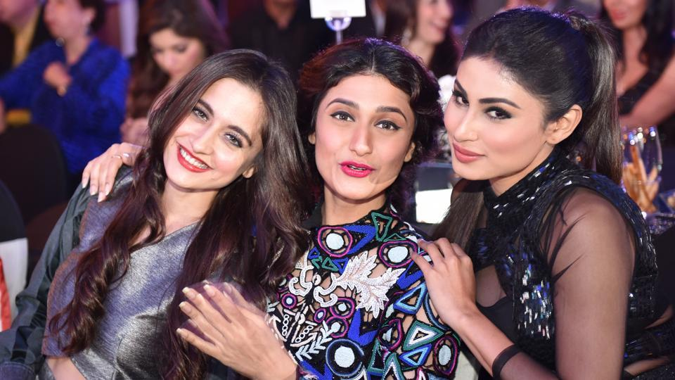 From left: Television's pretty ladies Sanjeeda Sheikh, Ragini Khanna and Mouni Roy know how to strike a pose. (Pratham Gokhale/ HT Photo)
